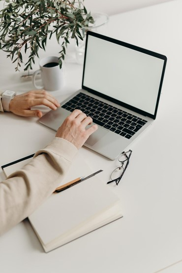 temp jobs and internships